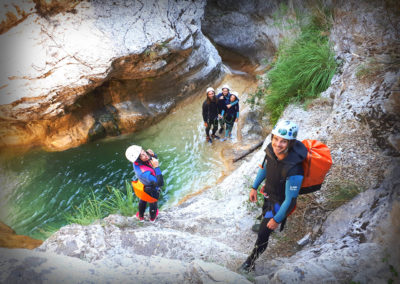 Audin - Photo du guide de canyoning et du groupe